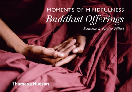 MOMENTS MINDFULNESS: BUDDHIST OFFERINGS